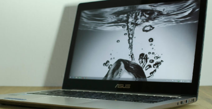 Asus Zenbook Ultraportable Laptop