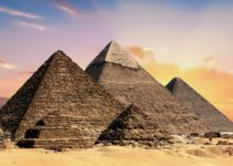Egyptian pyramids are great for video games